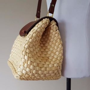 Handbags - Purse Fisherman Pouch Style Straw Clean Interior